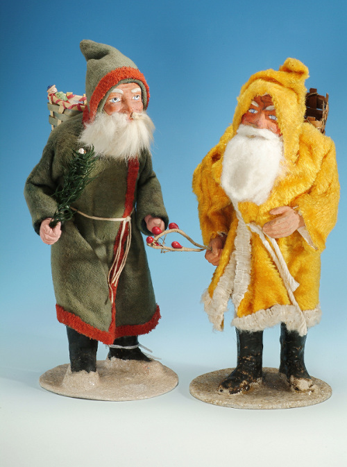Father Christmas figurines, face formed of dough